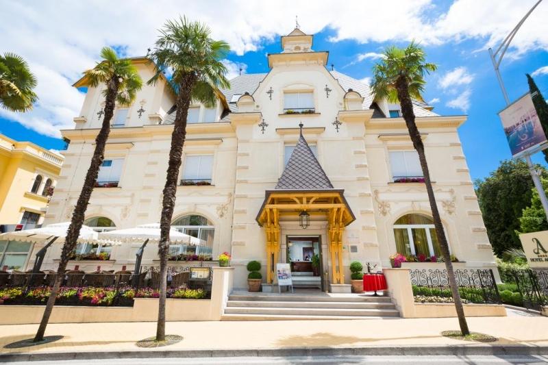 Milenij Hotel Agava